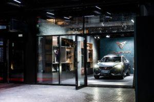 Cupra eröffnet Pop-up Store in München